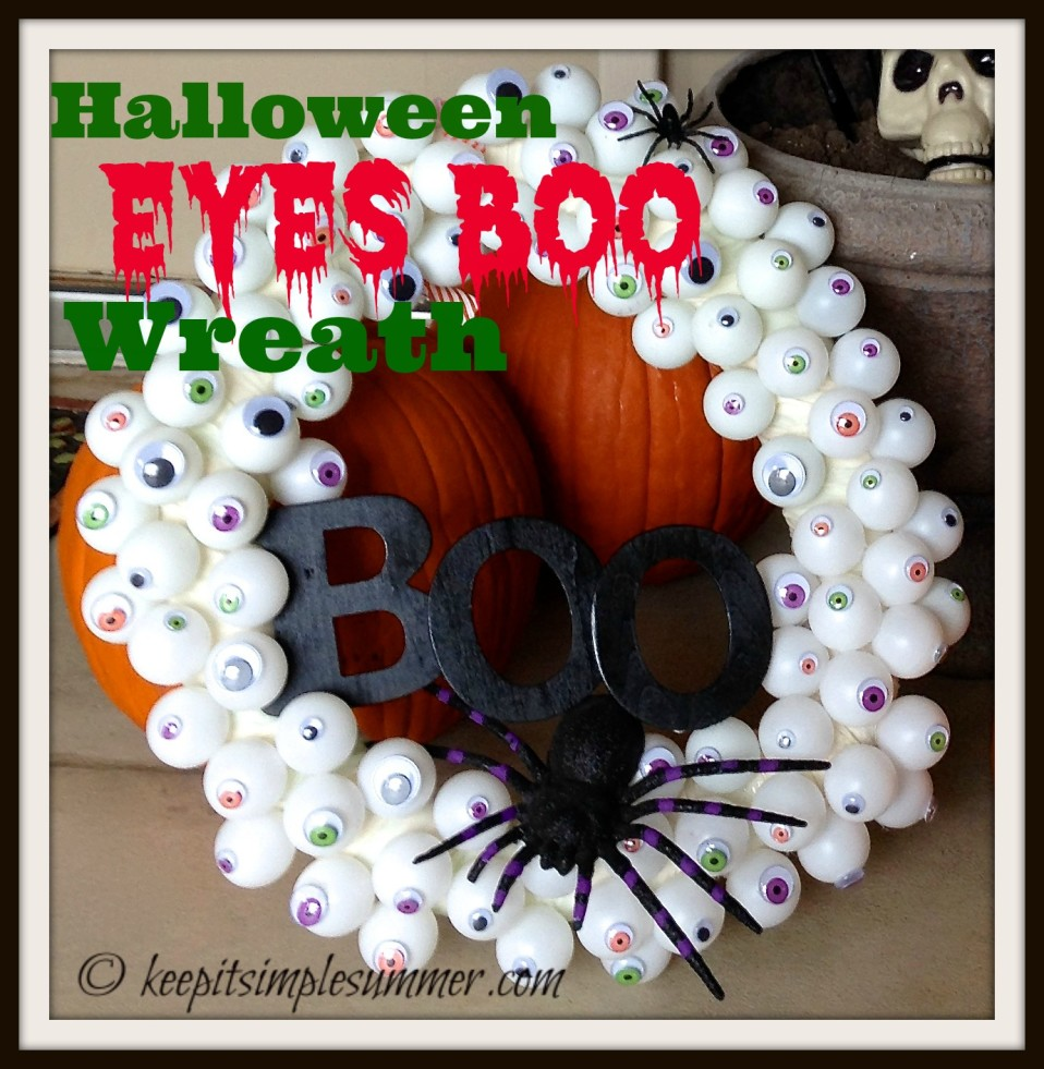 Halloween Eyes Boo Wreath